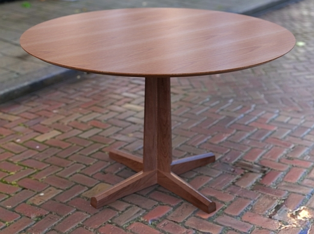 Round Dining Table Cherry